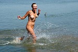 hidden-zone-beach-nude